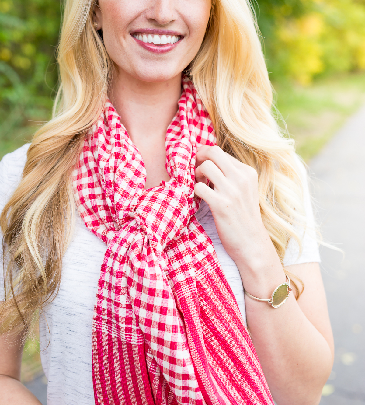 Red/White Checkered Scarf – Seeing Is Believing